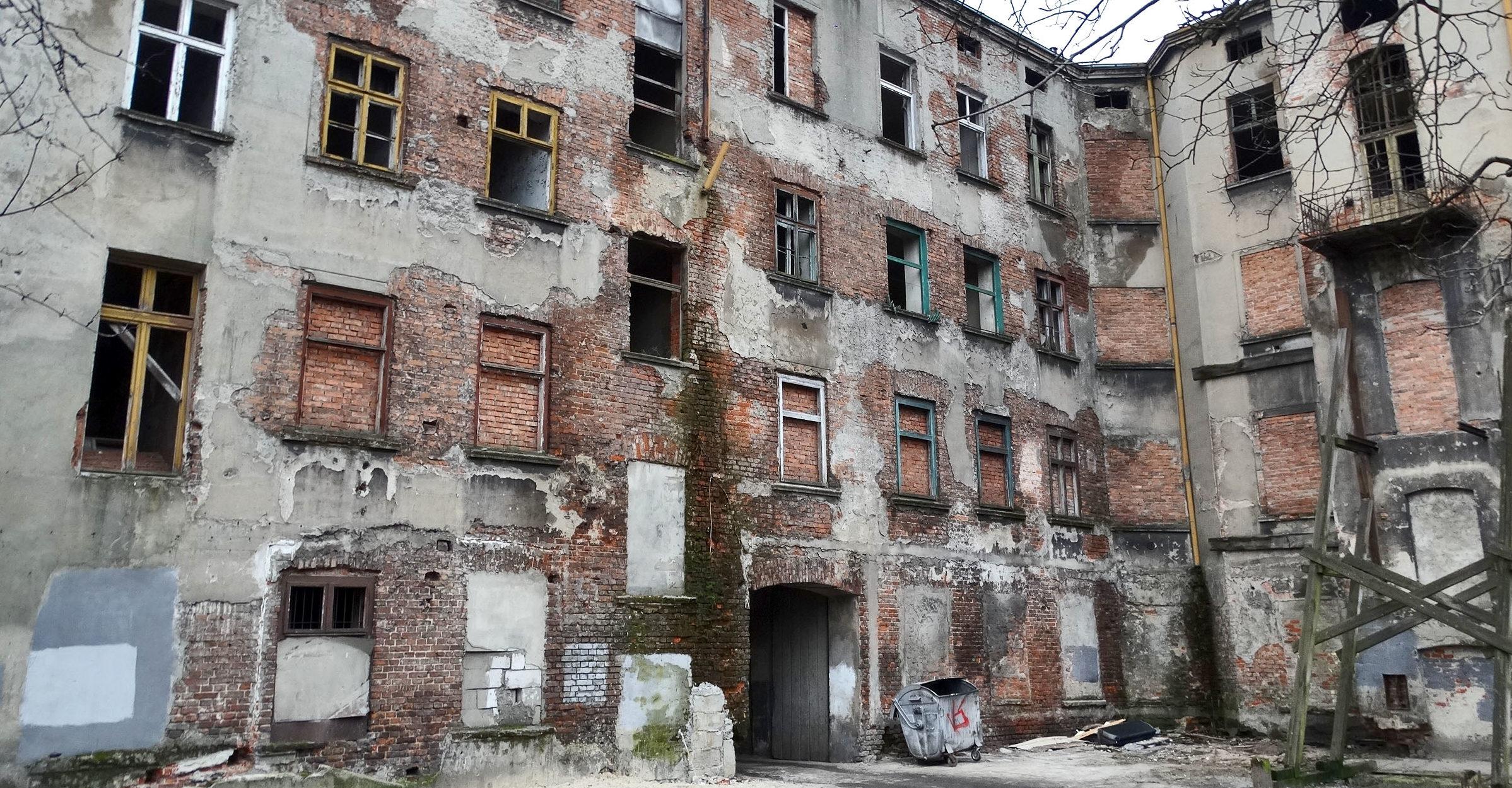 Opuszczona Łódź. Zapomniane kamienice w obiektywie.