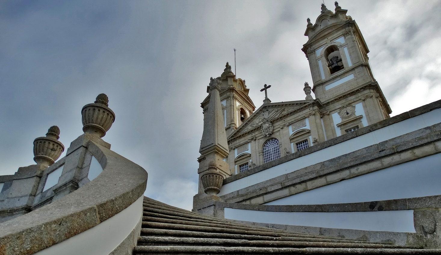 Portugalia – o zapomnianych, kamiennych wioskach i długopisach z Jezusem w Fatimie