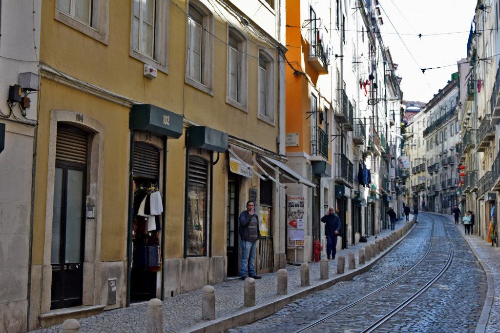 Tramwaje w Lizbonie - niesamowita trasa linii 28.