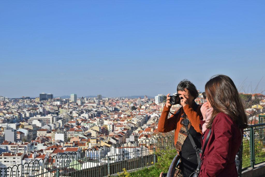 Lizbona, Punkt widokowy Sophia de Mello Breynen Andresen w dzielnicy Graca.