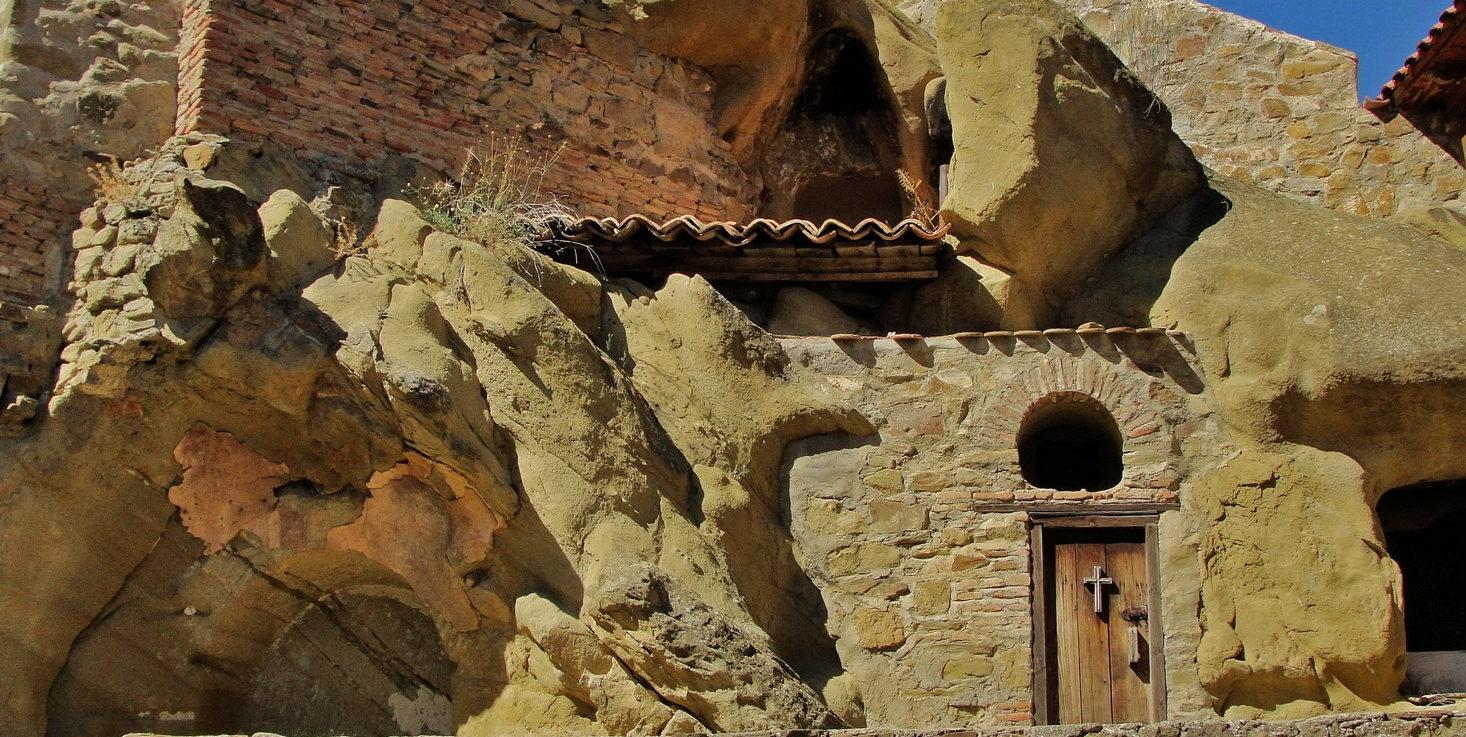 Gruzja: Z wizytą w klasztorze David Garedża i wiosce po środku stepu