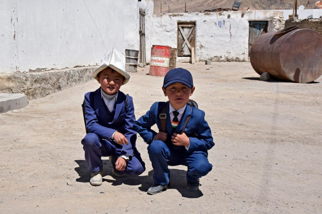 Murgob - dzieci. Pamir Highway