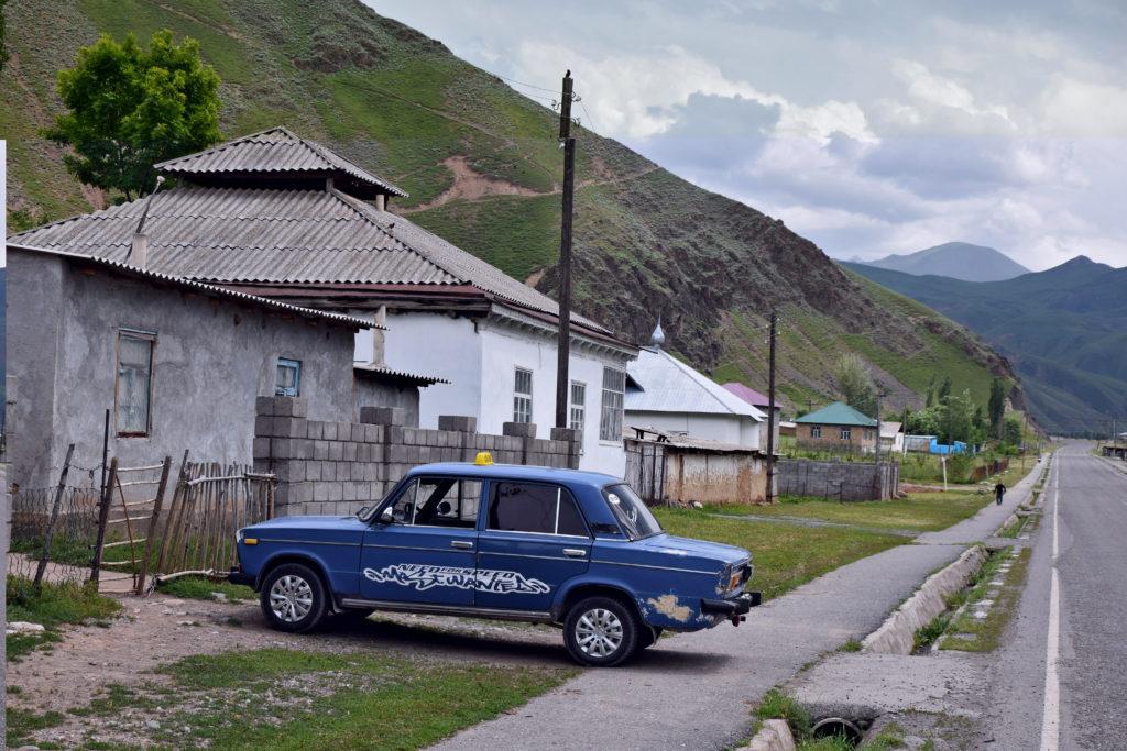 Kirgistan Łada