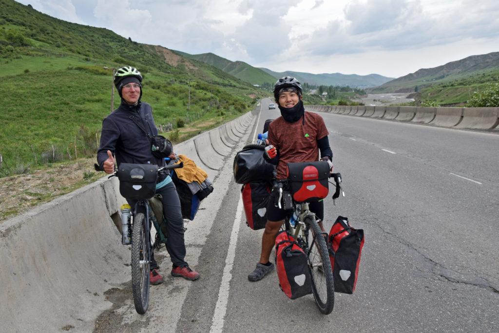 Kirgistan Osz wyprawa rowerowa