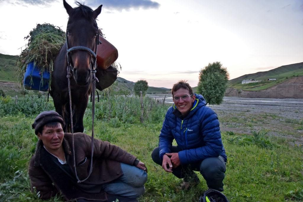 Kirgiz na koniu