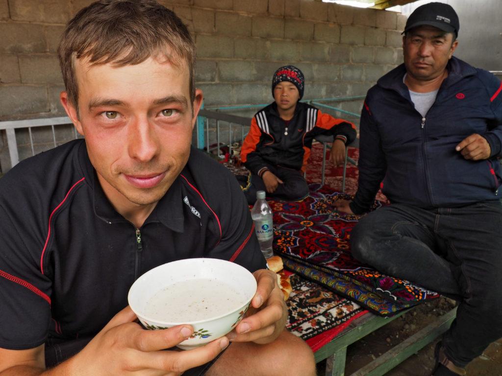 Kumys, kirgiski napój. Kirgistan