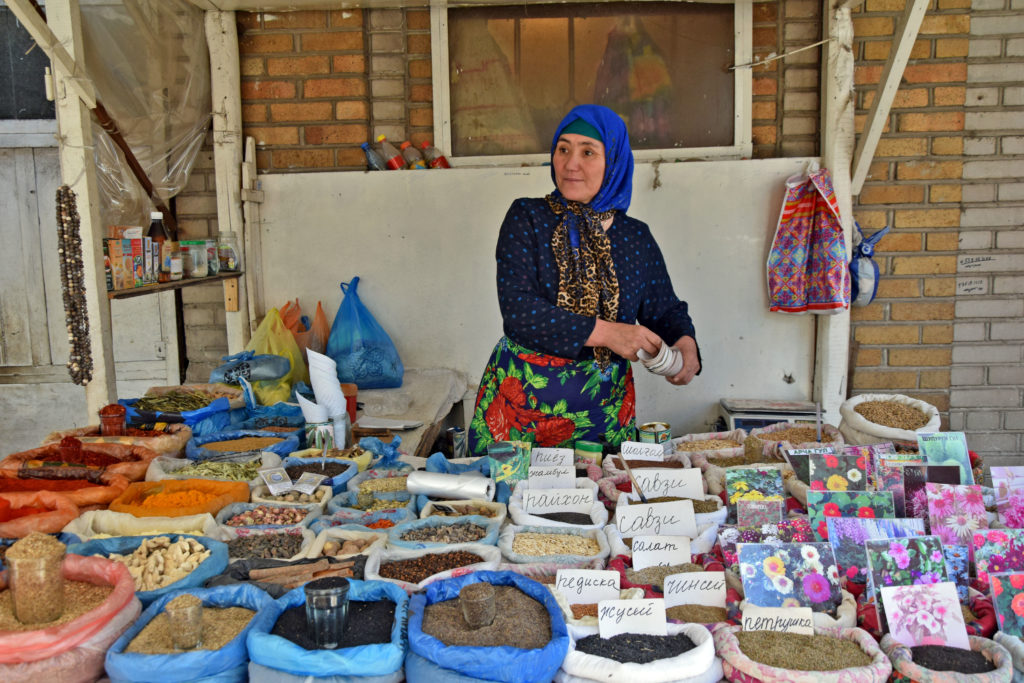 Bazar w Osz - przyprawy kirgiskie