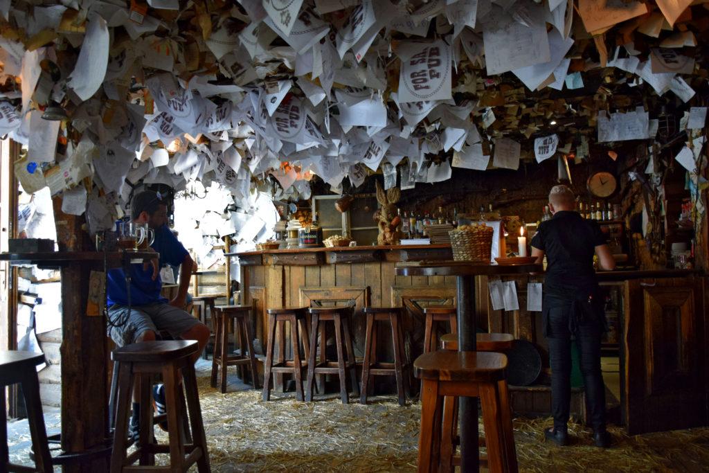 Budapeszt, gdzie zjeść? For Sale Pub