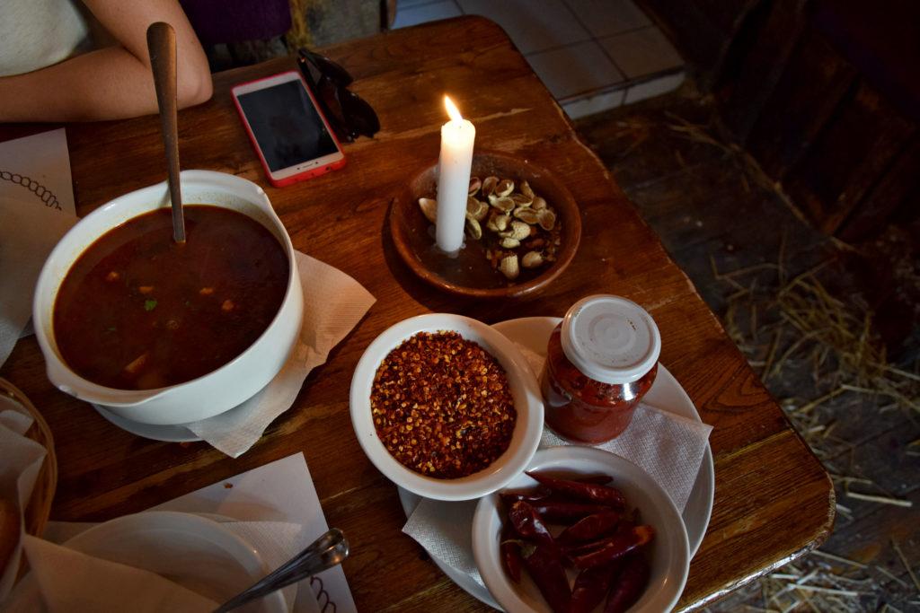 Budapeszt, gdzie zjeść? For Sale Pub. Gulasz.