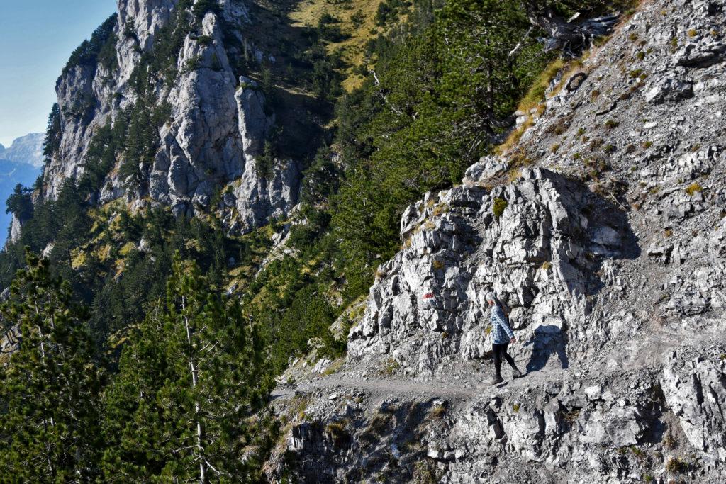 Góry Przeklęte, Albania. Fragment szlaku w stronę Qafe e Valbones.