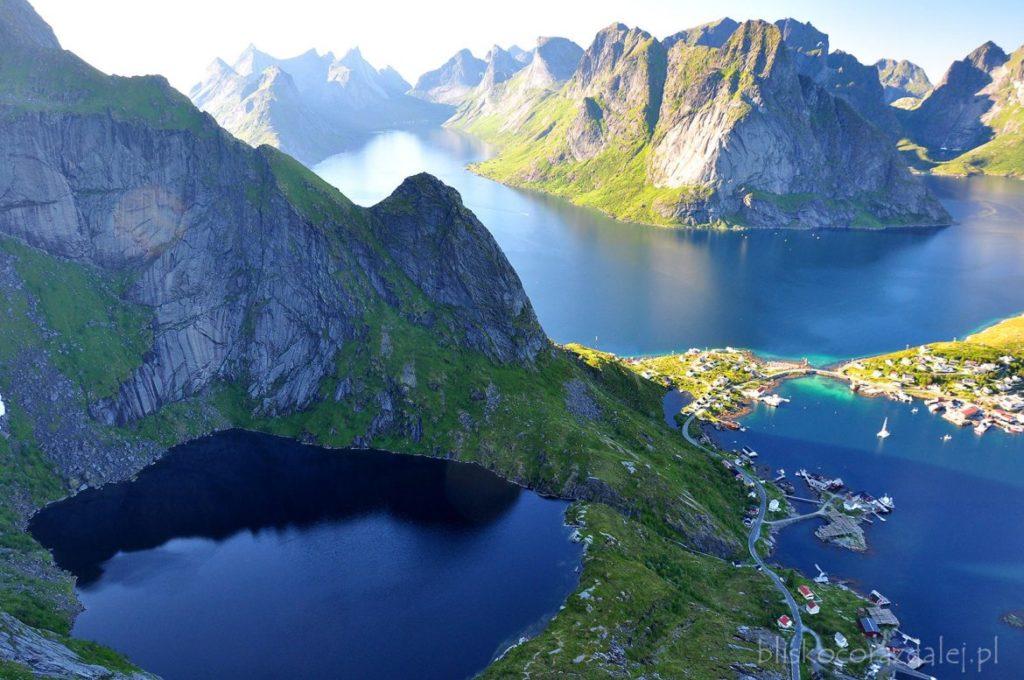 Norwegia, punkt widokowy Reinebringen. Lofoty, trekking.