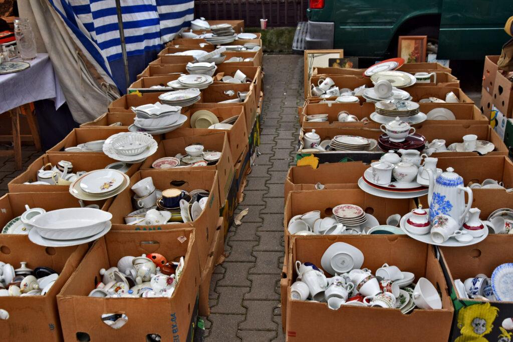 Warszawa, ciekawe i nietypowe miejsca. Bazar staroci na Kole.