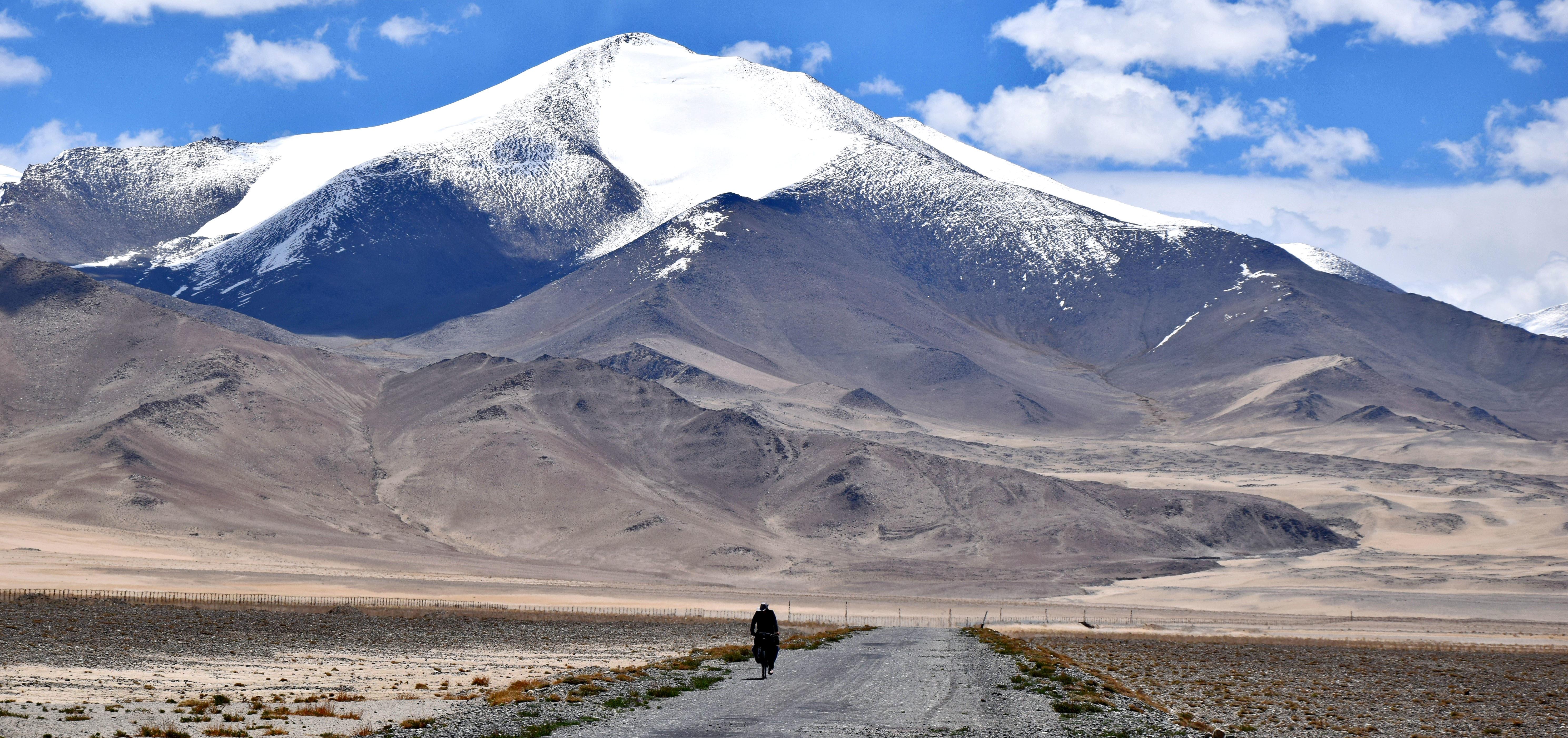 Wyprawa szlakiem Pamir Highway od kuchni [foto]
