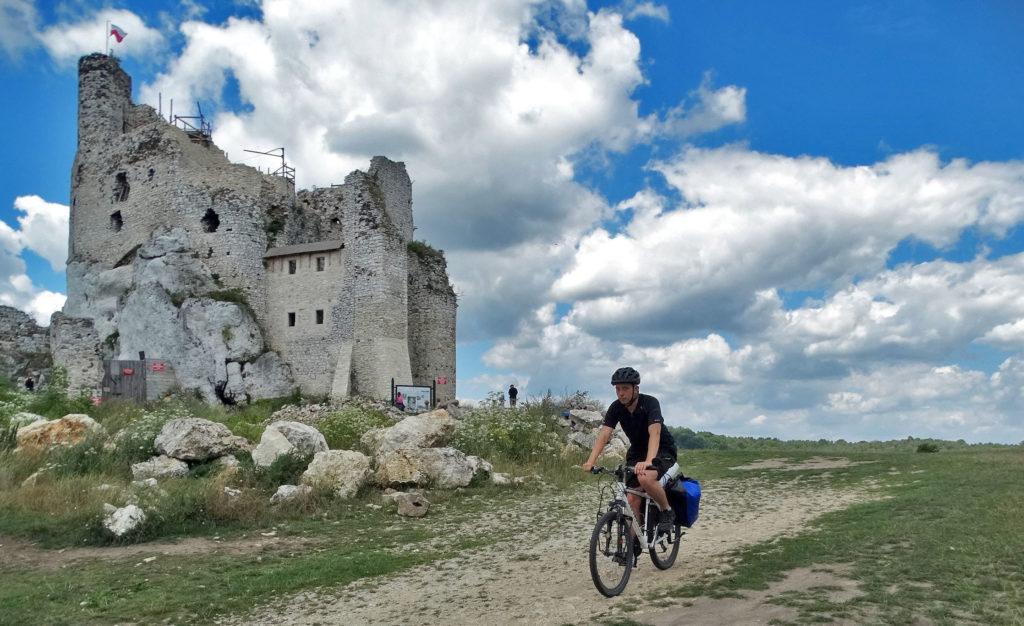 Wyprawa rowerowa po Polsce. Jura Krakowsko-Częstochowska, zamek Mirów.