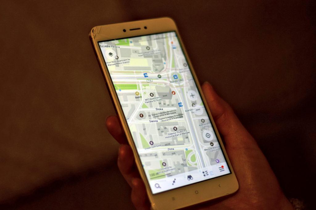 Dokładność aplikacji Maps.me w miastach niekiedy przewyższa funkcjonalność Google ;) aplikacje na rower.