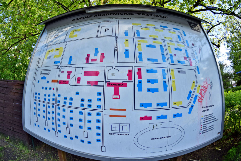 Osiedle Przyjaźń na Bemowie. Gdzie Los Poniesie, foto: Dawid Białowąs. Plan osiedla