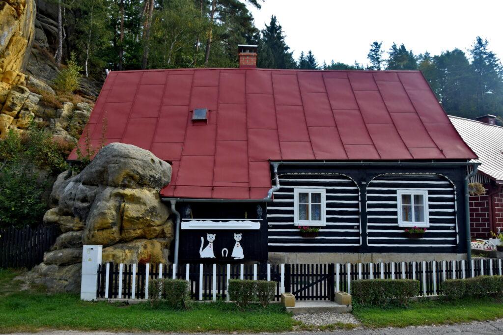 Jetřichovice - czeska Szwajcaria dom drewniany