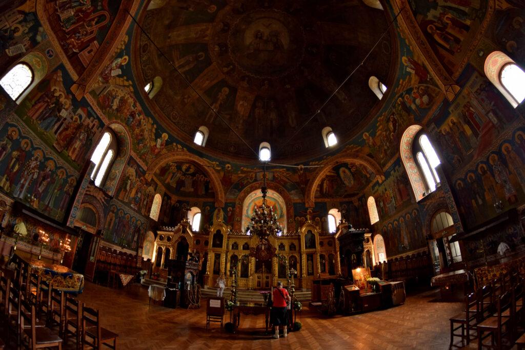 Cerkiew Świętych Siedmoczislenników, w środku.