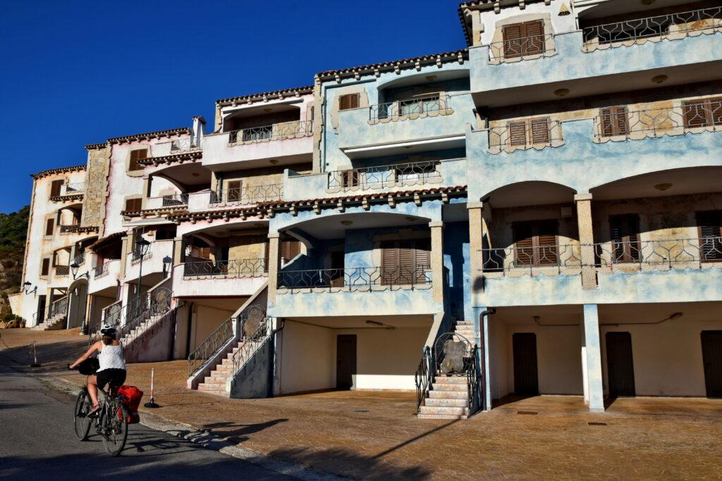 La Maddalena - domy, zabudowa, architektura