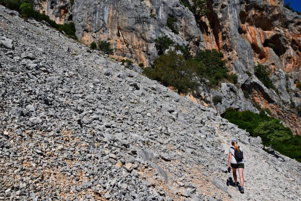 Wąwóz kanion Su Gorropu Sardynia szlak