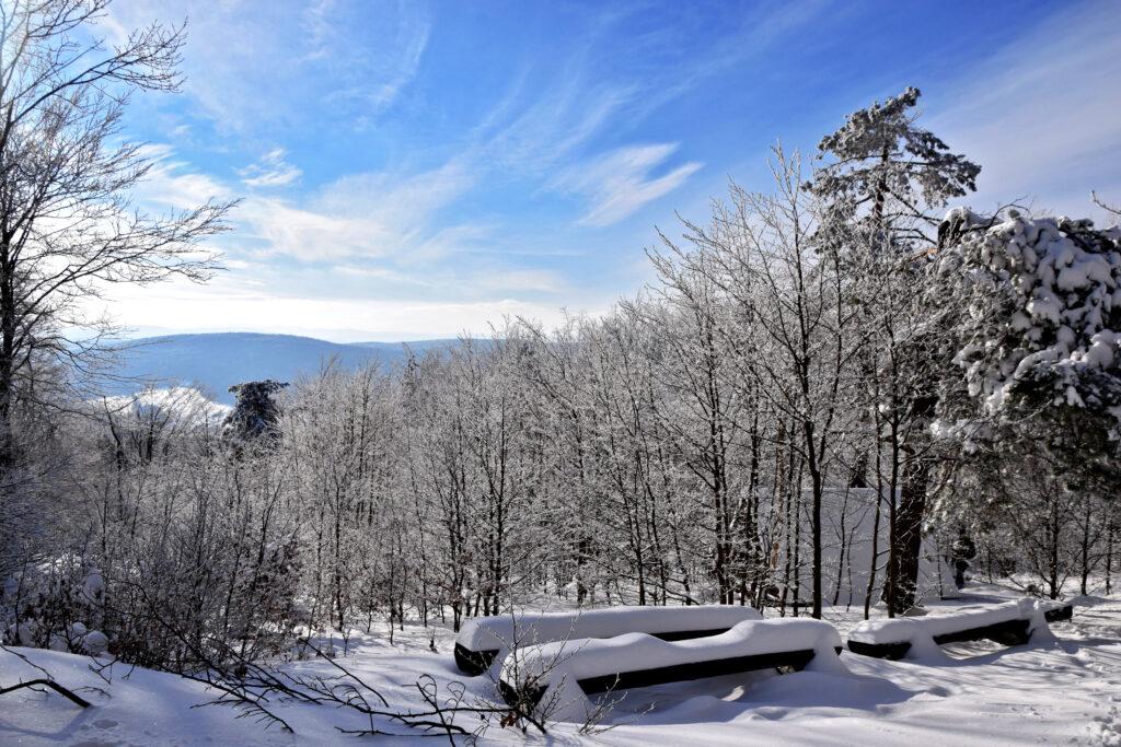 Magurski Park Narodowy punkt widokowy Magura Zima