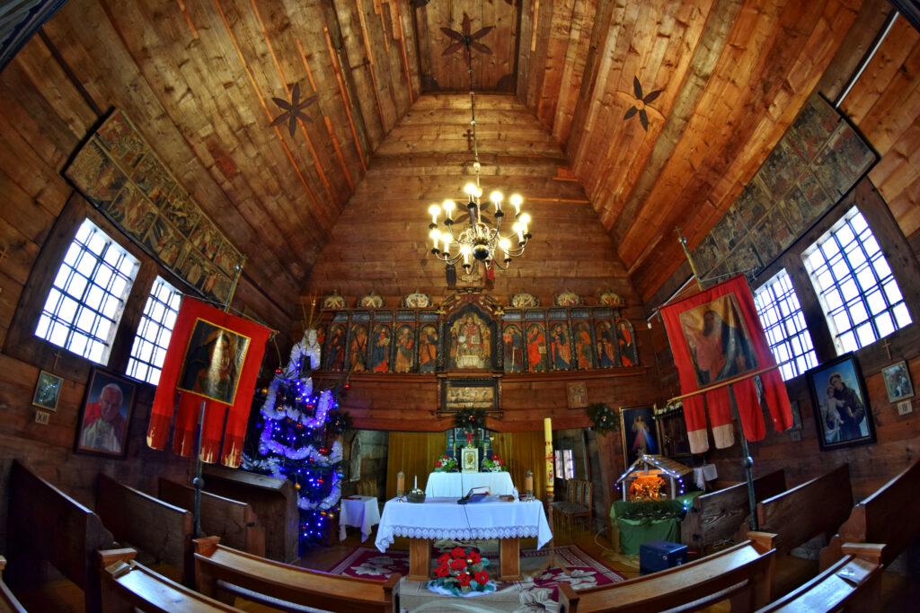 Cerkiew św. Kosmy i Damiana w Kotani. Ktoań w środku wnętrze