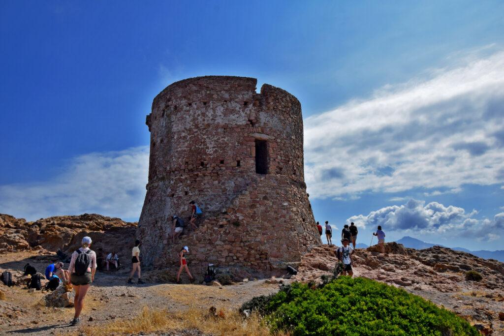Capu Rossu wieża genueńska Torra di Turghju