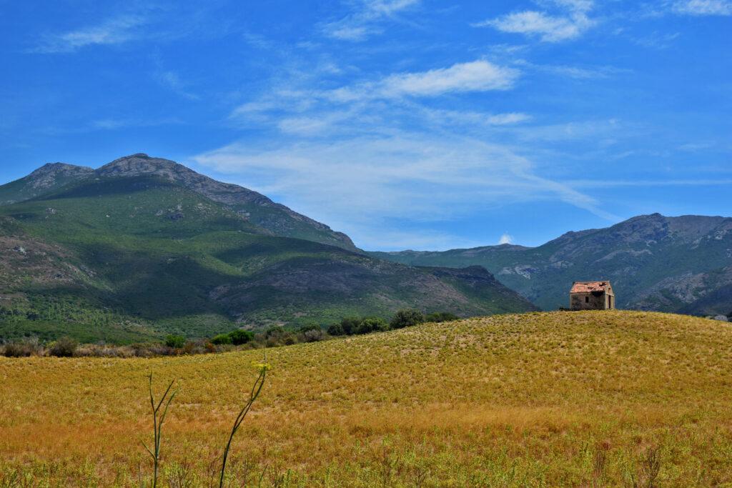 Cap Corse - krajobraz, tapeta. Domek Korsyka