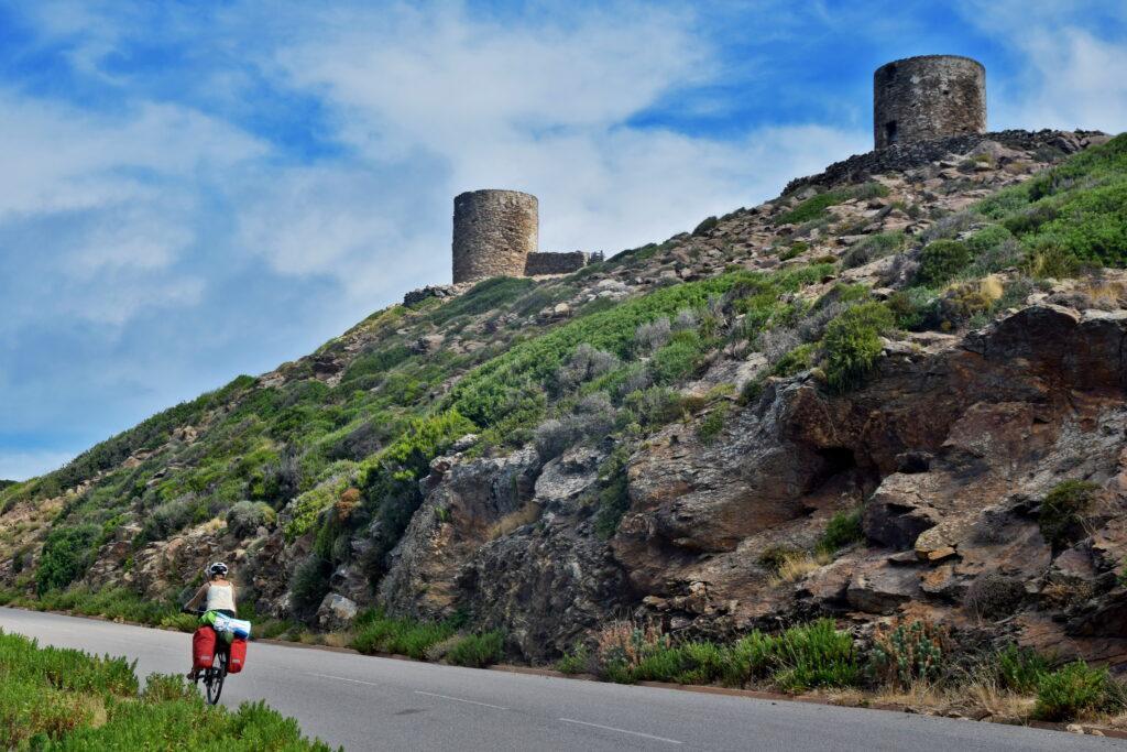 Korsyka wieża ciekawe miejsca Cap Corse