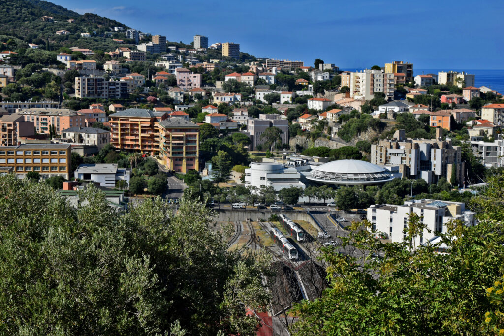 Bastia ciekawe miejsca Cap Corse Korsyka widok