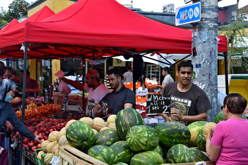 Brunnenmarkt Wiedeń bazar nietypowe atrakcje