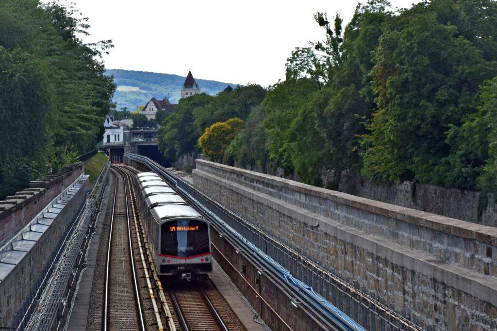 Wiedeń Schonbrunn metro