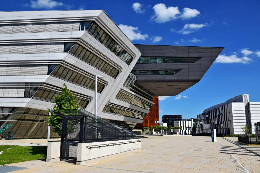 uniwersytet medyczny w Wiedniu atrakcje Medizinische Universität architektura