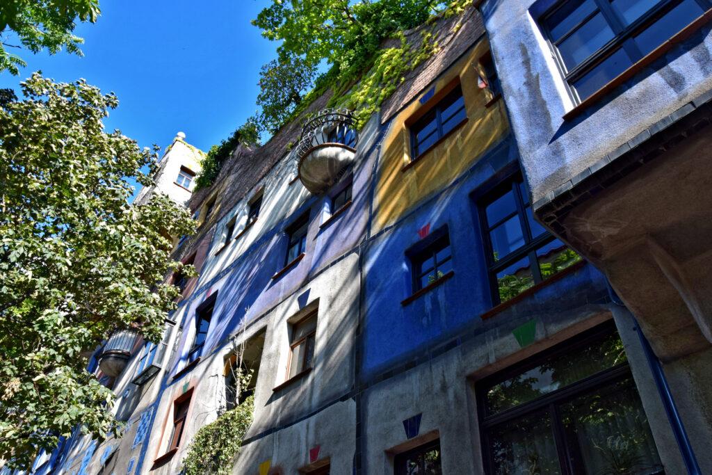 Hundertwasserhaus - nietypowe atrakcje Wiedeń
