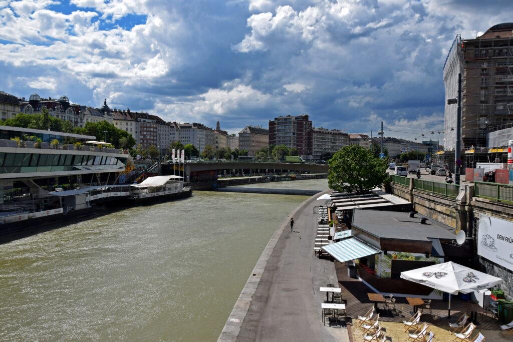 Dunaj Wiedeń deptak nabrzeże atrakcje
