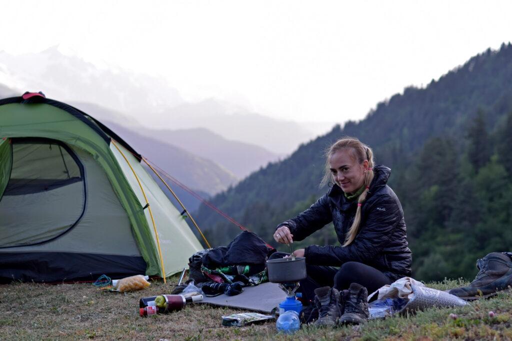 Swanetia namiot. Trekking z Mestii do Ushguli.