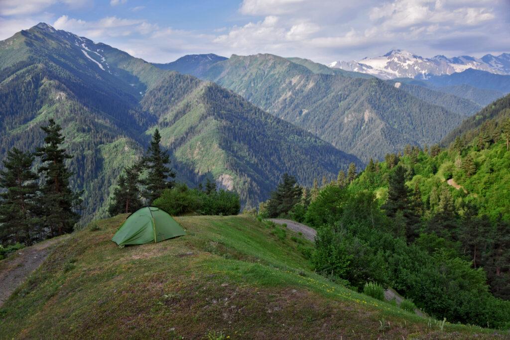 Swanetia. Mestia - Ushguli trekking. Nocowanie w namiocie, Gruzja, Kaukaz