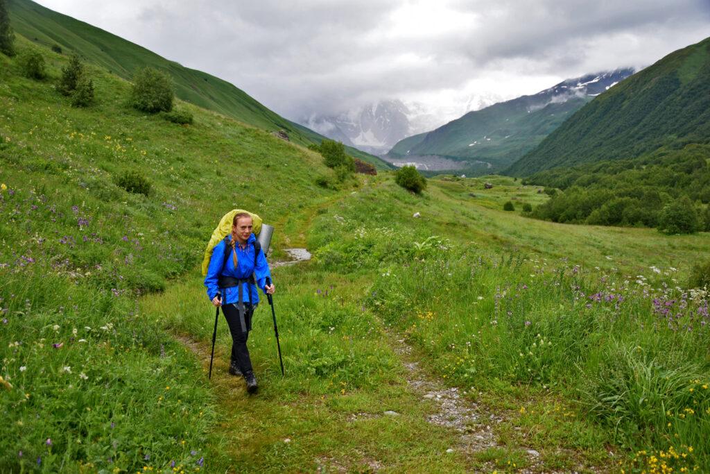 Trekking z mestii do Ushguli - dolina Khaldeschali