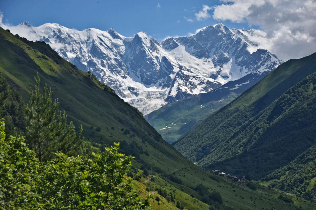 Swanetia lodowiec Khalde. Kaukaz trekking do Ushguli