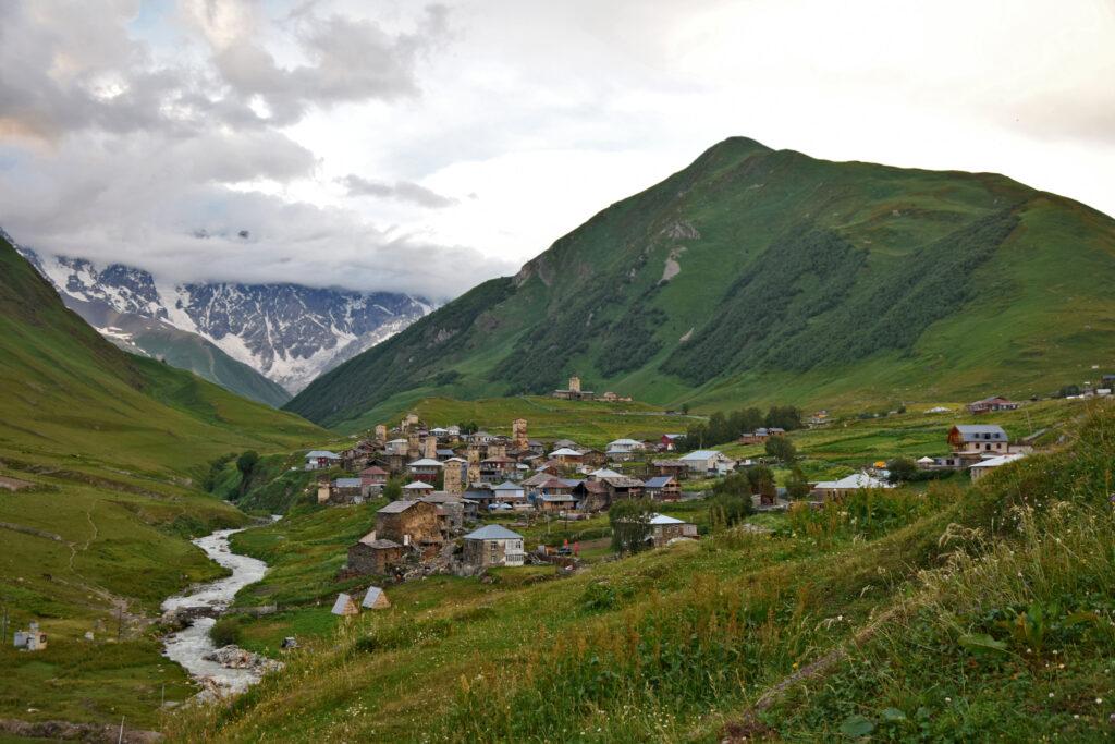 Ushguli - widok GRUZJA od strony zachodniej.