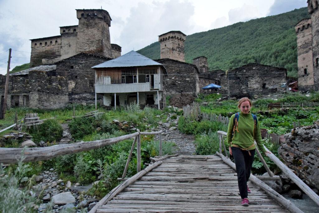 Ushguli - Chaznashi widok, wieże swańskie