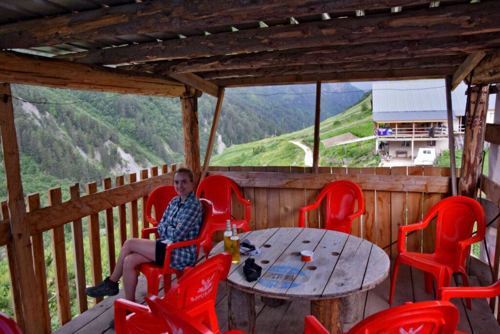 Cafe Tetnuldi w Adishi - kawiarnia, knajpa Swanetia
