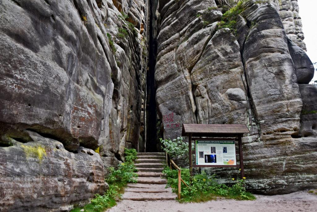Teplickie skały skalne miasto Czechy Adrspach