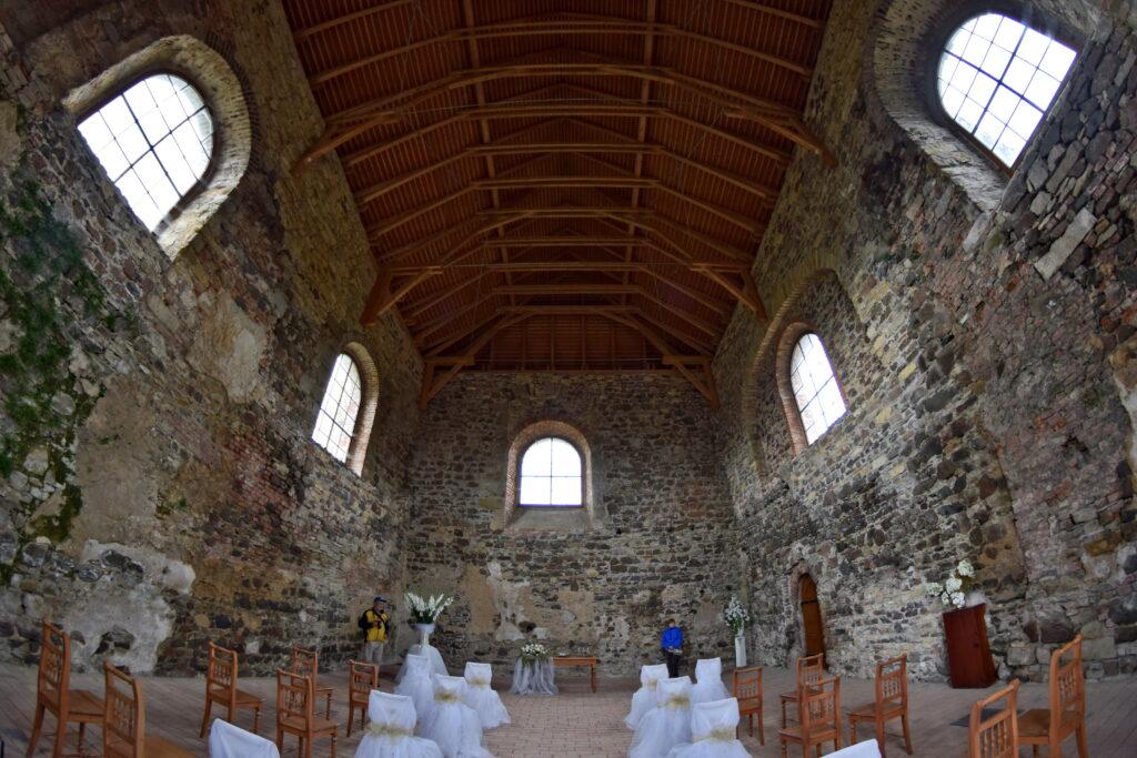 Kaplica Zamek Potštejn - czeskie zamki, Orlickie góry